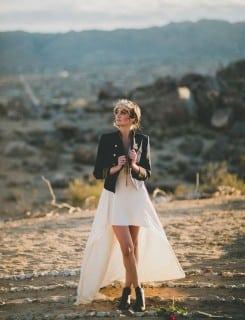 невеста осенью в пиджаке
