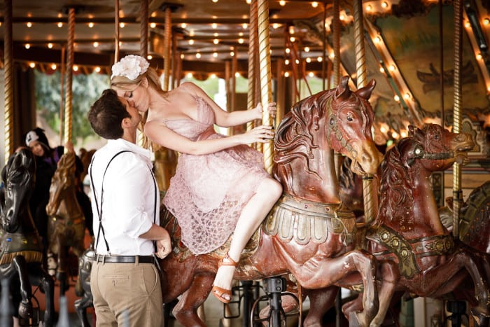 03-griffith-park-carousel-observatory-engagement-emma-michael-18